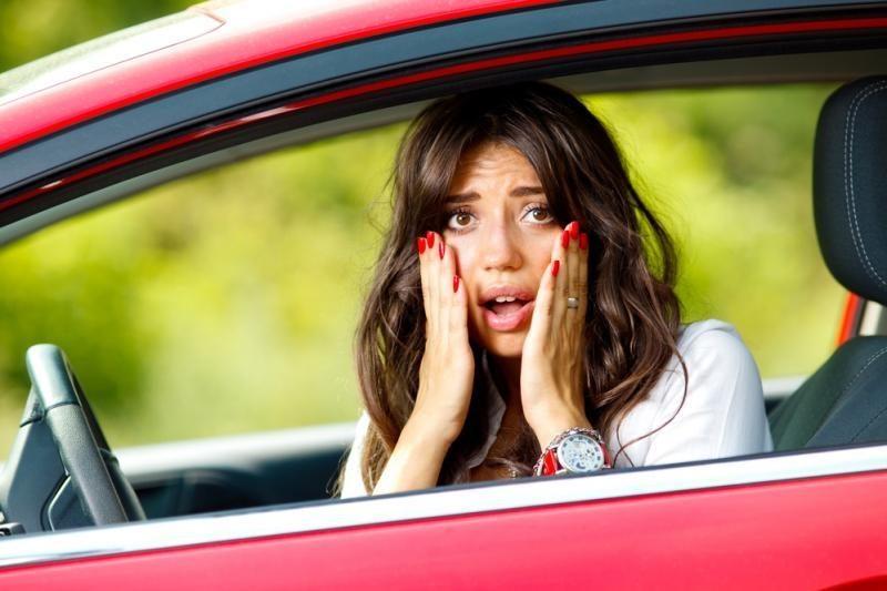 Pradedančiuosius vairuotojus supa nežinia