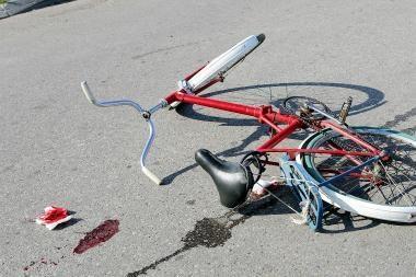 Uostamiesčio dviratininkas sukėlė avariją