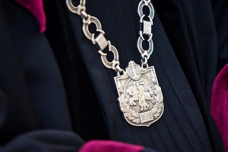 Vyriausybė pritaria, kad teismuose dirbtų visuomenės teisėjai
