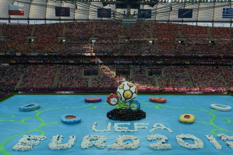 Prasidėjo Europos futbolo čempionatas (specialiai iš Varšuvos)