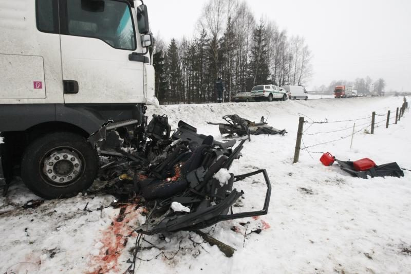 Šilutės rajone per kraupią avariją žuvo 4 žmonės (atnaujinta)