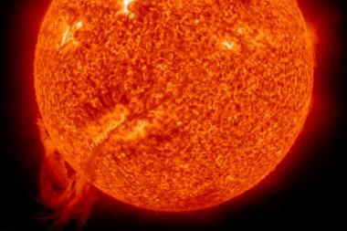 Mokslininkai išsiaiškino, kodėl dingsta Saulės dėmės