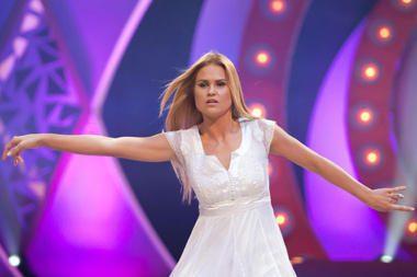 """O.Kolobovaitė pasitraukė iš TV3 projekto """"Šok su manimi"""""""