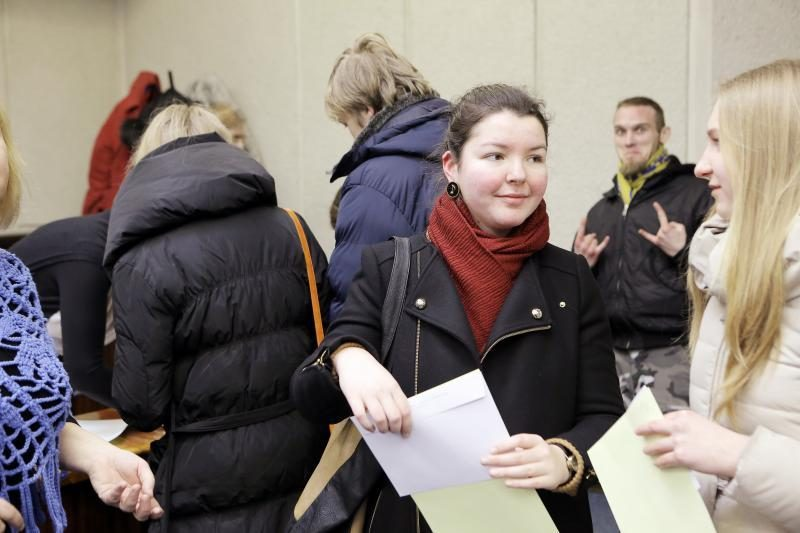 Klaipėdiečiai piktinosi – nacionalinį diktantą skaitė per greitai