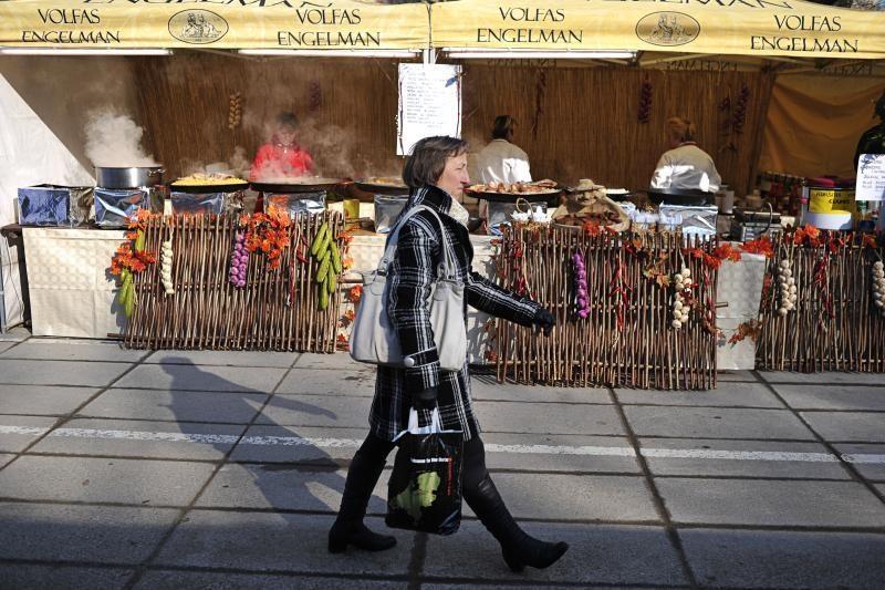 Kazimiero mugėje – kvapų ir spalvų viliotinis