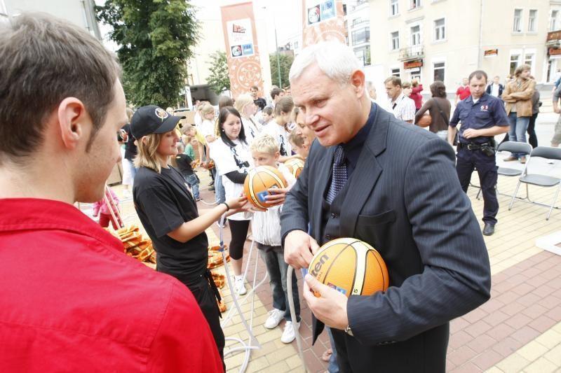 Klaipėdos meras rugsėjo 2-ąją siūlo skelbti