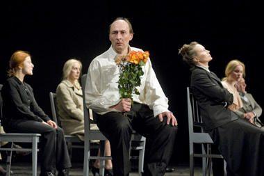 Rusų klasiką OKT teatras parodys korėjiečiams