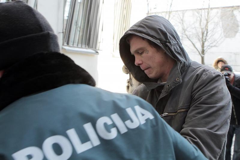 Motinos žudikas pargabentas į Klaipėdą (atnaujinta)