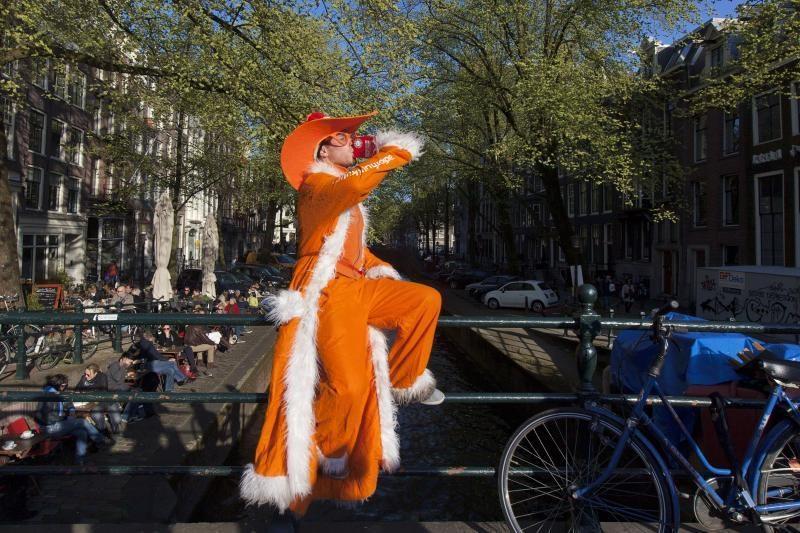 """Willemas Alexanderis: nuo """"Princo Pilso"""" iki Nyderlandų karaliaus"""