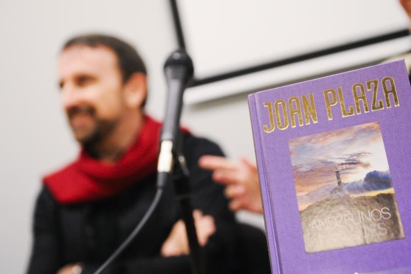 J. Plaza: kai rašiau knygą, žmona mane vadino bepročiu