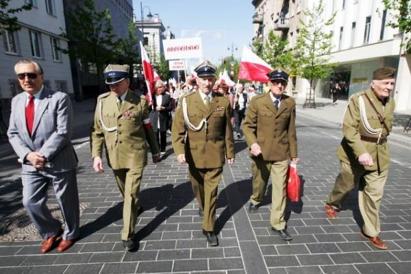 Lietuvos lenkų sąjunga jubiliejų šventė eitynėmis (papildyta)