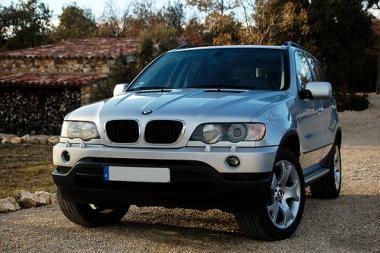 Legendinis BMW X5 švenčia 10 metų jubiliejų