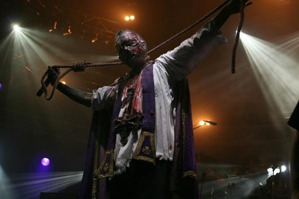"""Religinę bendruomenę piktinantį festivalį """"Velnio akmuo"""" organizatoriai pateisina"""