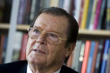 Britų kino legenda R.Moore'as lankysis Lietuvoje