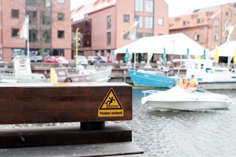 Saugumą Danės krantinėse bando užtikrinti lipdukais