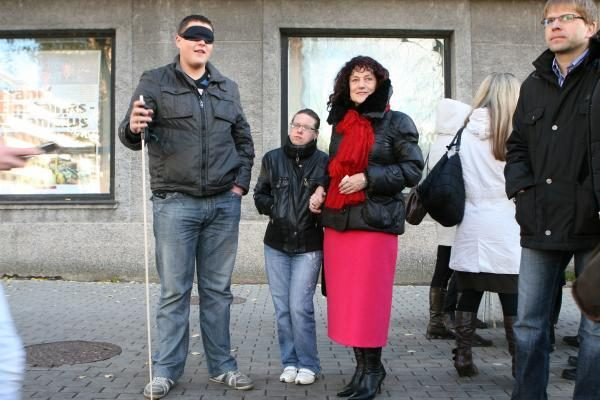 Akliesiems sunku keliauti po Klaipėdą autobusais