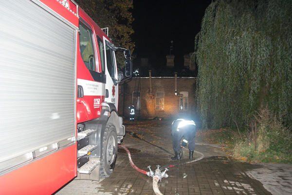 Vilniuje degė apleista lavoninė
