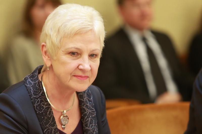 Seimo pirmininkė I.Degutienė nesutinka pažeidusi Statutą