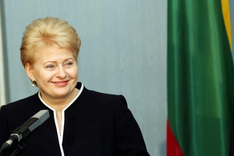 Penkiakovininkę pasveikino ir šalies prezidentė