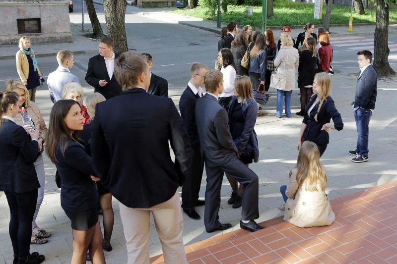 Matematikos egzaminas Klaipėdoje pažėrė šimtukų