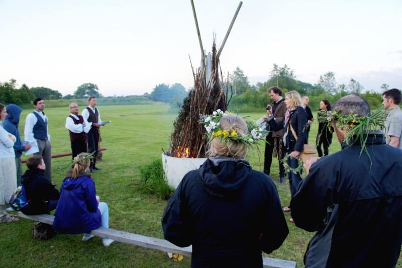 Jonines šventė ir  emigravę lietuviai