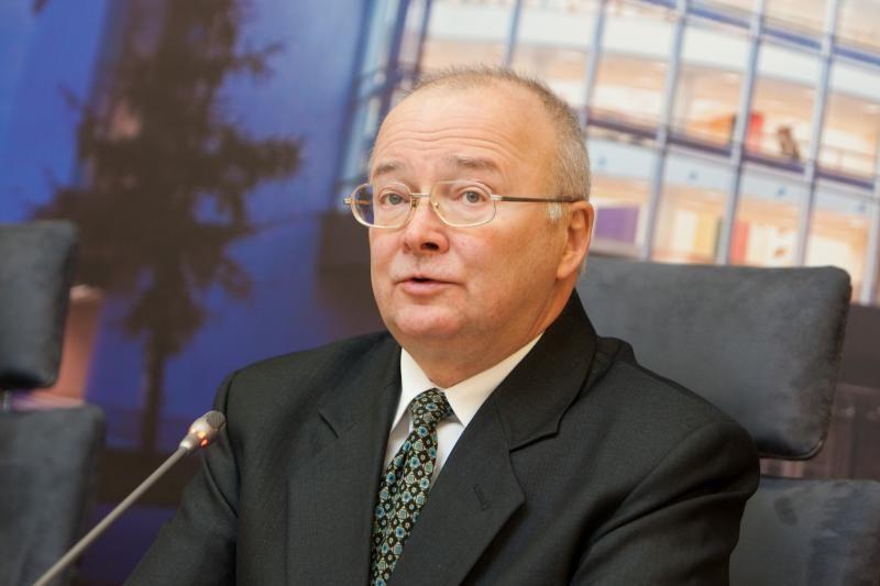 """VRK panaikino keturių """"Drąsos kelio"""" narių neliečiamybę"""
