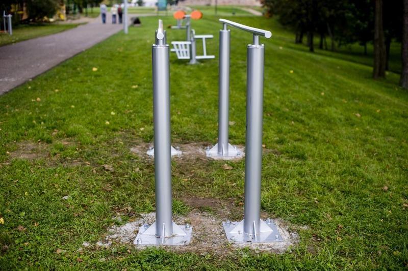 Treniruoklių bumas: jau galima sportuoti ir Santakos parke