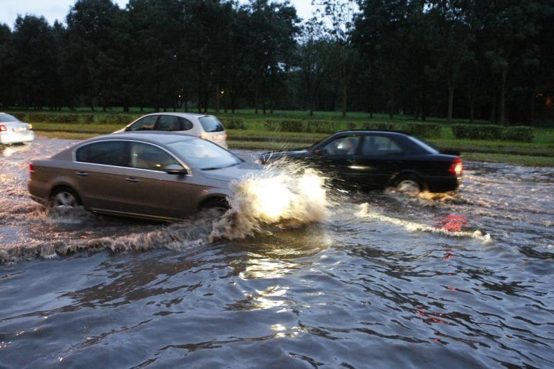 Šventinę nuotaiką Klaipėdoje aptemdė potvynis (papildyta)