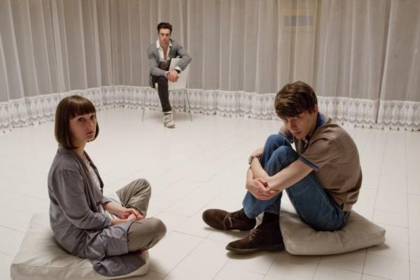Naujas siaubo filmų meistro kūrinys nagrinėja internetinių patyčių problemą