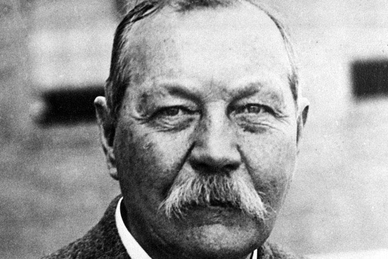 Paskelbtas iki šiol nežinomas Conan Doyle'io romanas