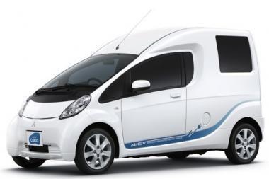 """Elektromobilis """"Mitsubishi i-MiEV Cargo"""" pasirodys 2010 m."""
