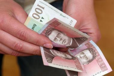 Europos stambiausių įmonių vadovų atlyginimai didėja dėl premijų