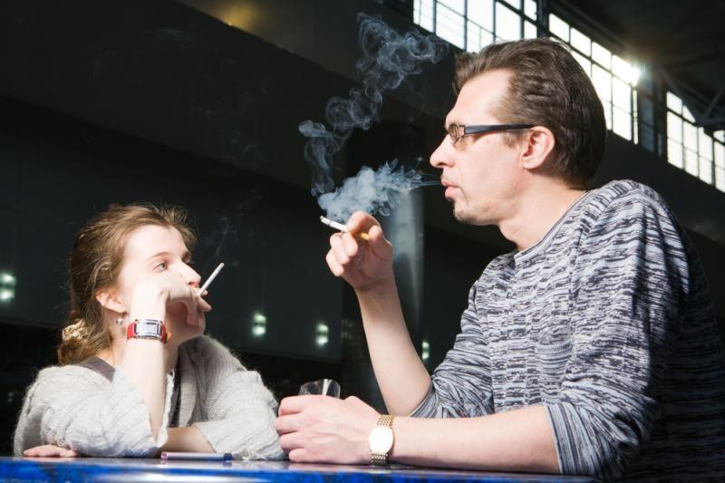 Priklausomybės ligų specialistas: tikimybė, kad rūkymo paplitimas mažės – menka