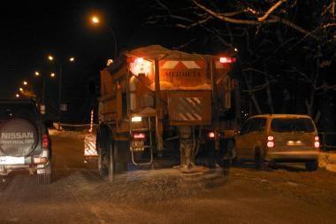 Kelių priežiūros įmonės pradėjo šaltąjį sezoną