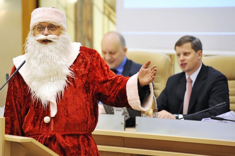 Kauno savivaldybėje Kalėdų senelis pasijuto kaip vaikų darželyje