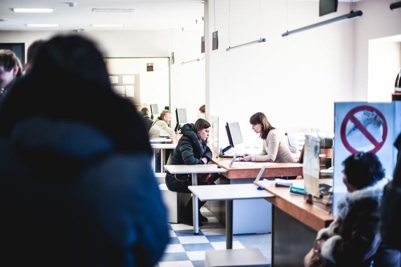 Darbo biržoje ankšta ir     tarpušvenčiu