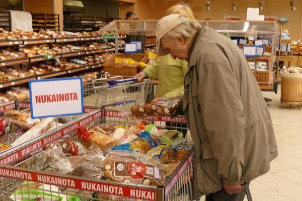 Konkurencijos taryba įtaria susitarimus dėl duonos ir pieno branginimo