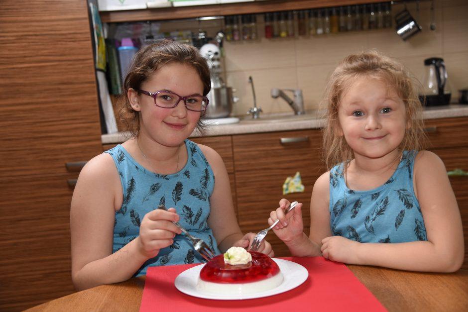 Gaminame su vaikais: nuo paprastų užkandėlių iki gardžių pyragų (receptai)
