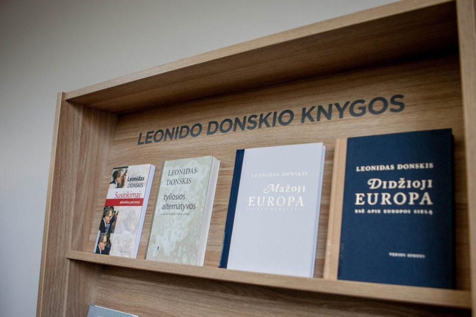 VDU bibliotekai suteiktas L. Donskio vardas