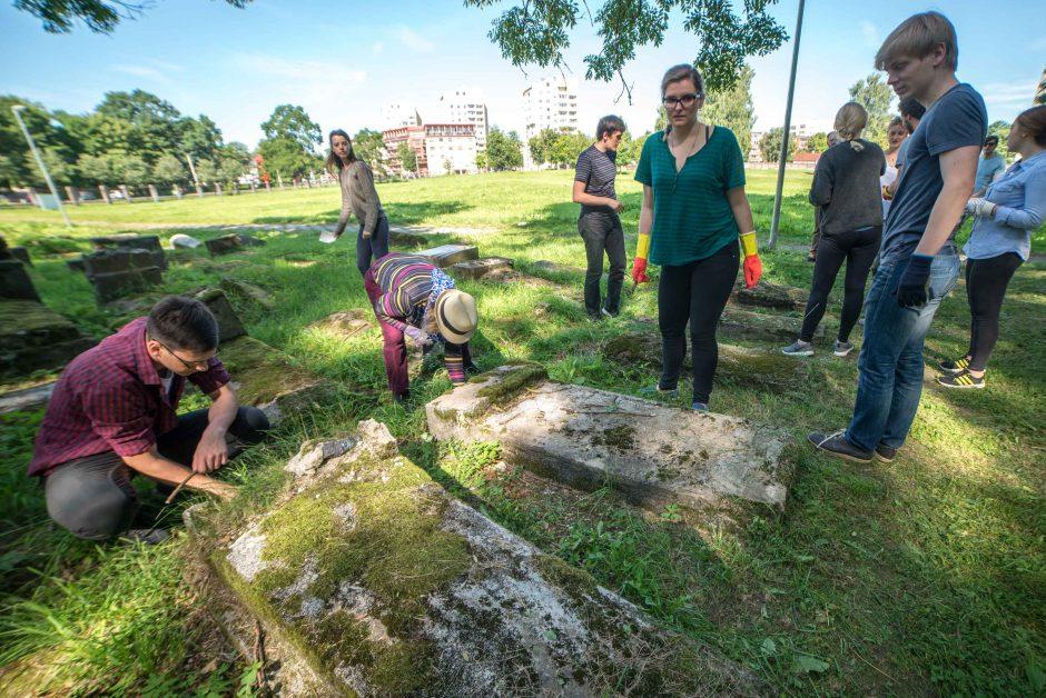Užsieniečių komanda Kaune ėmėsi svarbios misijos