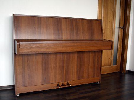 """Skelbimas - Apynaujis pianinas """"Bohemia"""""""