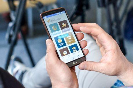 Keliaujantiems užsienyje tikrai pravers nauja mobilioji programėlė