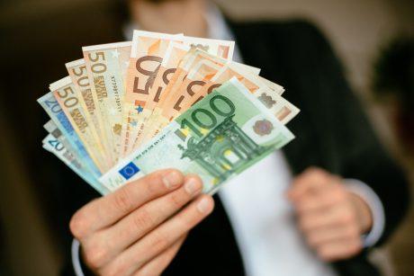 Dauguma politikų – prieš partijų finansavimo keitimą