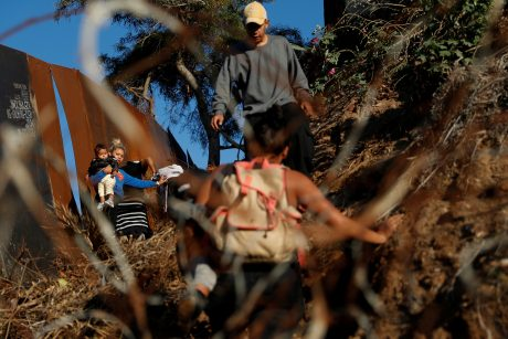 JAV mirė sulaikyta septynerių metų mergaitė iš Gvatemalos