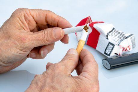 Pavojinga plaučių liga šienauja vis daugiau gyvybių