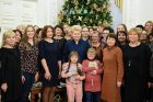 Prezidentė įžiebė Kalėdų eglę
