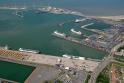 Vieta: Zebriugės išorinis uostas su dujų ir ro ro terminalais netoli gyvenamųjų namų.