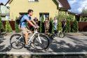 Po langais nutiesta dviračių trasa kelia pavojų kauniečiams