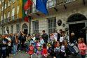 Dėl D.Kedžio dukters - protestai Lemonte, Dubline, Londone (papildyta 14.10 val.)