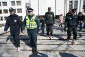Protestuojantys basi pareigūnai - tik pradžia (papildyta 13.24 val.)